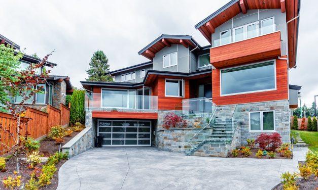 Quel budget prévoir pour la pose d'une porte de garage?