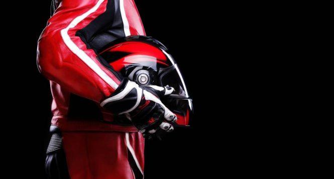 reglementations-equipements-monde-moto