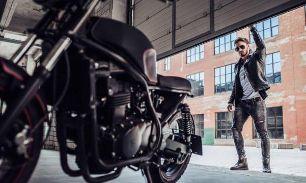 Les réglementations sur les équipements de moto dans le monde