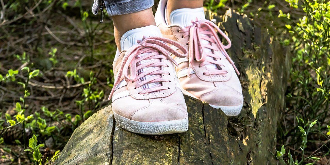 Les sneakers, une vraie tendance pour les femmes