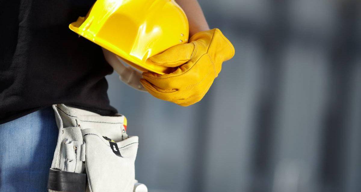Tenue de travail dans le bâtiment : comment s'habiller pour travailler sur un chantier ?