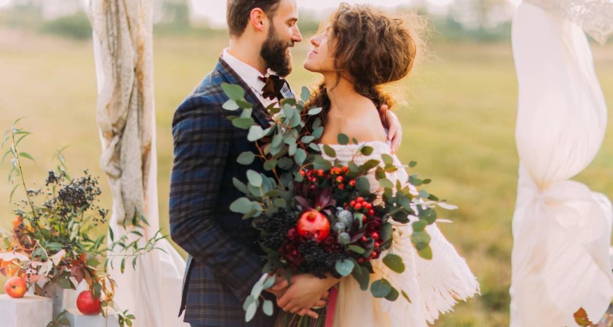 Déco de mariage : et si vous choisissiez des gobelets personnalisés ?