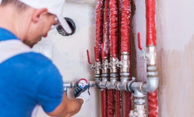 Rénovation et réparation de fuite : pourquoi faire appel à un plombier professionnel?